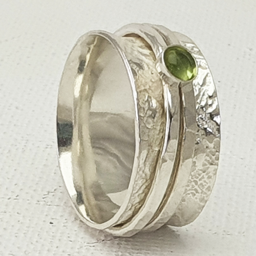 Spinner Ring with Peridot